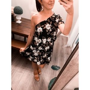 Lucky Brand One Shoulder Floral Mini Black Small
